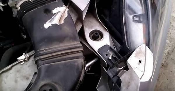 Как почистить радиатор охлаждения автомобиля от грязи