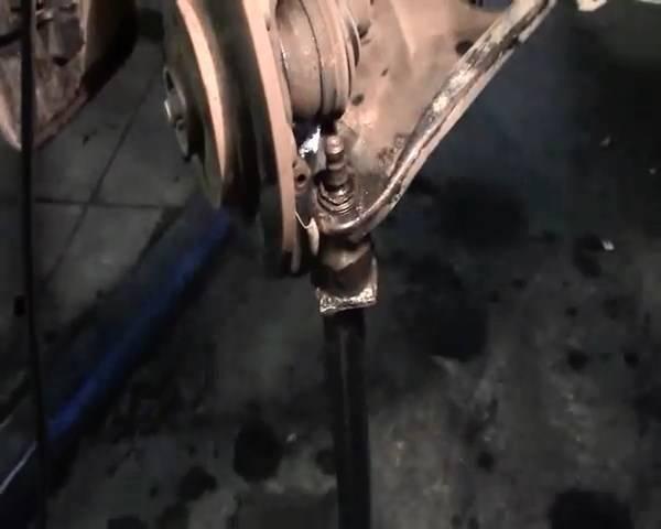 Замена шаровой на рено логан своими руками 96