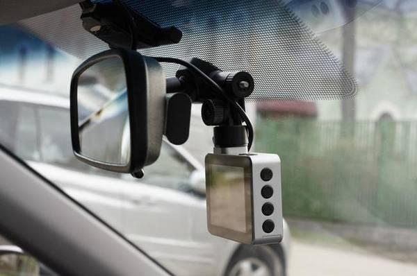 Как закрепить видеорегистратор в автомобиле виды крепления