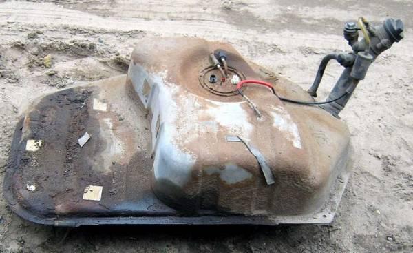 Ремонт и замена бензобака на ВАЗ 2108